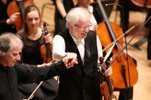 Elsöprő siker a Concerto Budapest ázsiai turnéján