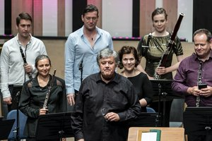 Ligeti Ensemble: Elliott Carter and Charles Ives